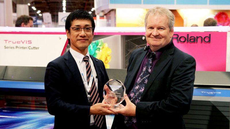 """Δύο Βραβεία από το """"Buyers Lab"""" στη σειρά  TrueVIS VG Roland"""