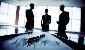Ζημιές και υποχρεώσεις κλονίζουν τις εκδοτικές επιχειρήσεις