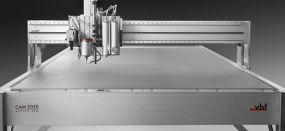Οι προσιτές λύσεις CNC της VHF για την αγορά των επιγραφών