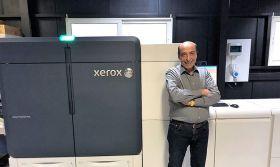 H Next Α.Ε επεκτείνει τις επιχειρηματικές της δραστηριότητες με την παραγωγική πρέσσα Xerox® Iridesse™